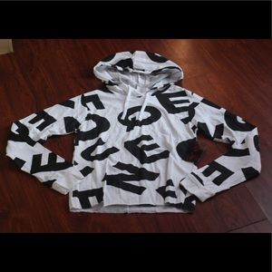 """On Fire Black&White """"Queen"""" Cropped Hoodie M"""